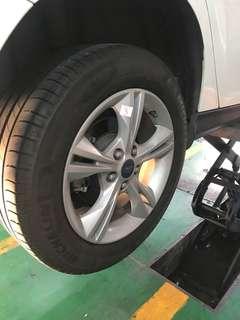 福特 Focus 原廠鋼圈 16吋 含米其林輪胎