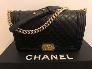 Boy Chanel (lambskin gold tone)