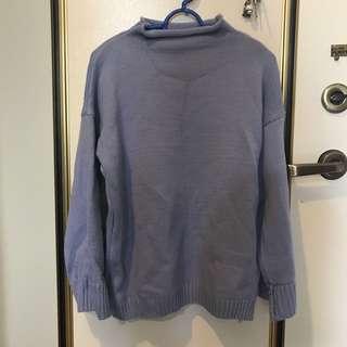 微高領寬袖針織毛衣