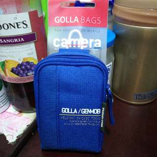 "100% Brand new ""GOLLA"" Small camera bag for Nikon Canon Samsung digital camera. 平價放全新的小型迷你相机套,送頸帶,可穿腰帶。$28."