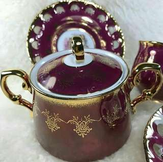 Pearlized Sugar Bowl and Saucer