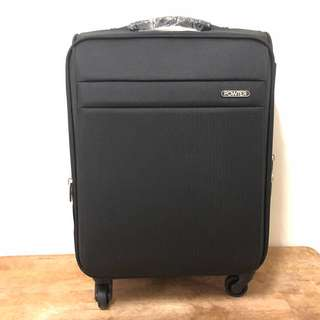 powter 輕量平面時尚設計布箱28寸