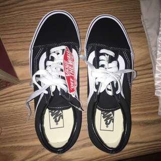 BNWT old skool vans