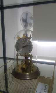 Koma table clock