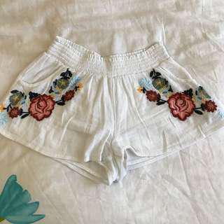 Urban outfitters white floral shorts