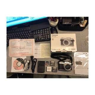 🚚 Panasonic LUMIX DMC-GF8K 自拍神器 9.5成新