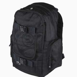 82d24c0be4e  Brand New  THE FIELD BACKPACK - BLACK