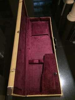 Fame 仿Fender 德國購入 貝斯硬盒  Bass case