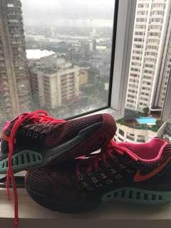 Nike Zoom Sturcture 18