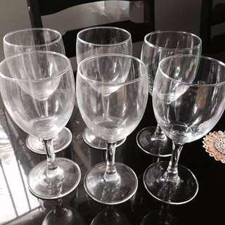 Luminarc Wine Glass