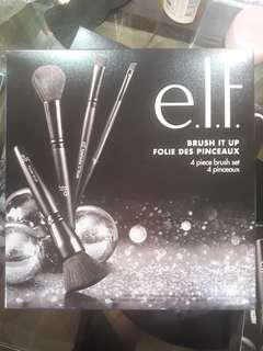 BN Auth Elf Brush It Up