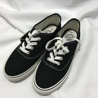 🚚 全新 韓國Shoopen黑鞋