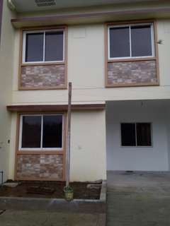 Townhouse for sale in rodriguez rizal