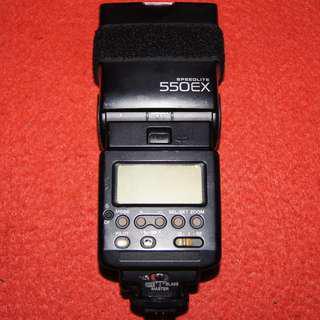 Canon 550EX Speedlite