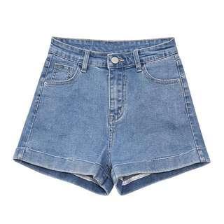 American apparel高質淺藍牛仔短褲