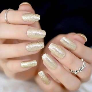 24 Glittery Light Gold Press On