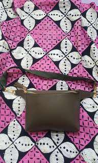 JUAL CEPAT Waistbag waist bag BARU. Koleksi pribadi