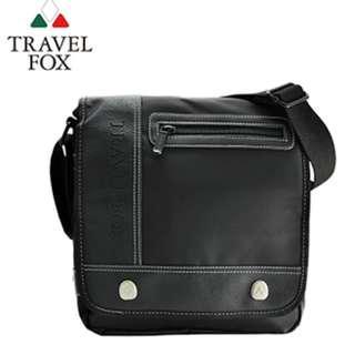 多層置物收納空間 【TRAVEL FOX 旅狐 】 經典多功能雙層側背包 (TB579-01) 黑色