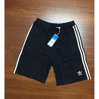 Adidas original 愛迪達 短褲 休閒運動短褲 CW2980 棉短褲 三線短褲 三葉草 刺繡LOGO