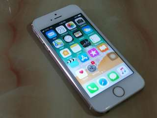 iPhone 5s 16GB ( HK Version )