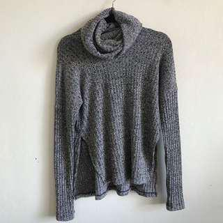 Grey ribbed turtleneck