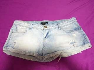 Forever21 denim shorts size 30