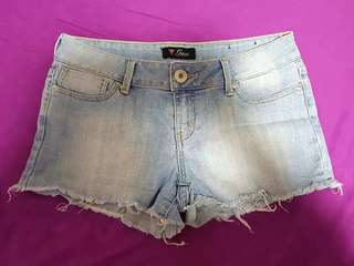 Guess denim shorts US 12 / 31-33 inches