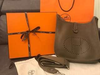Hermès Evelyne 29 (全新)Incl. 1 Twilly