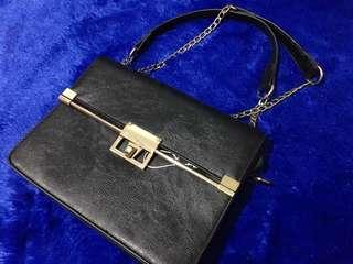 Fladeo bag in black
