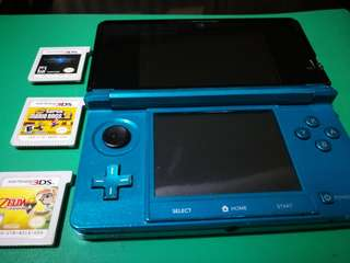 Nintento 3ds with games