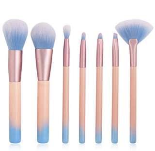 (PO) set of 7 brushes