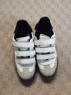 ISABEL MARANT leather sneakers / size 9