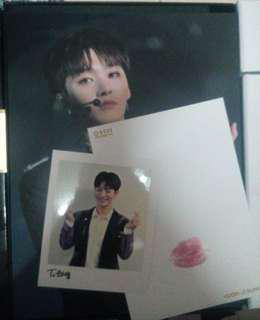 Wanna One Yoon Jisung Official Mini Poster, Palaroid and lipcard set