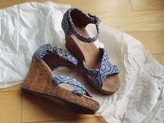 TOMS wedge sandals US 6.5