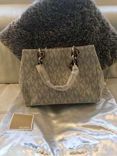 MK medium size bag