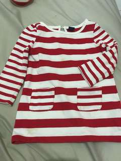 Gap bluse w/ deffected. 12-18 mnth