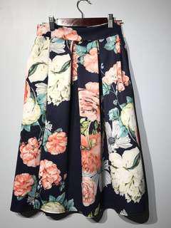 BOOHOO Floral Skirt - Sz 6