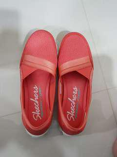 Skechers with memory form