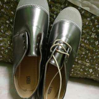 Vern shoes Brand new free pos#letgo80