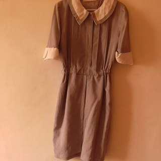 **Vintage Grey Dress