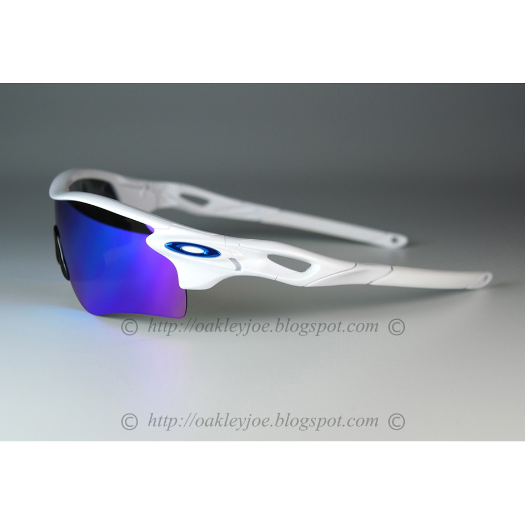 6928dcd6c6 BNIB Oakley Radarlock Path Asian Fit Custom polish white + sapphire iridium  + metallic blue icon sunglass shades