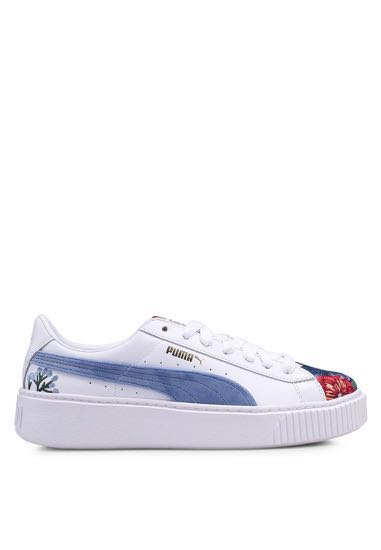 1b1791cd2b62 BNWT PUMA Platform Hyper Embroidered Shoes in White
