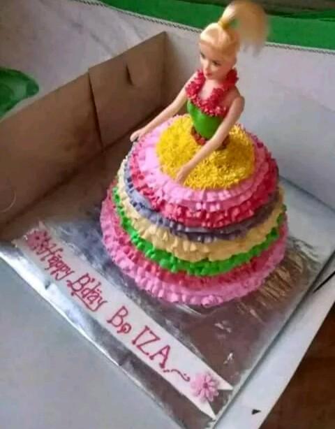 Kue Ultah Barbie Makanan Minuman Kue Kue Di Carousell