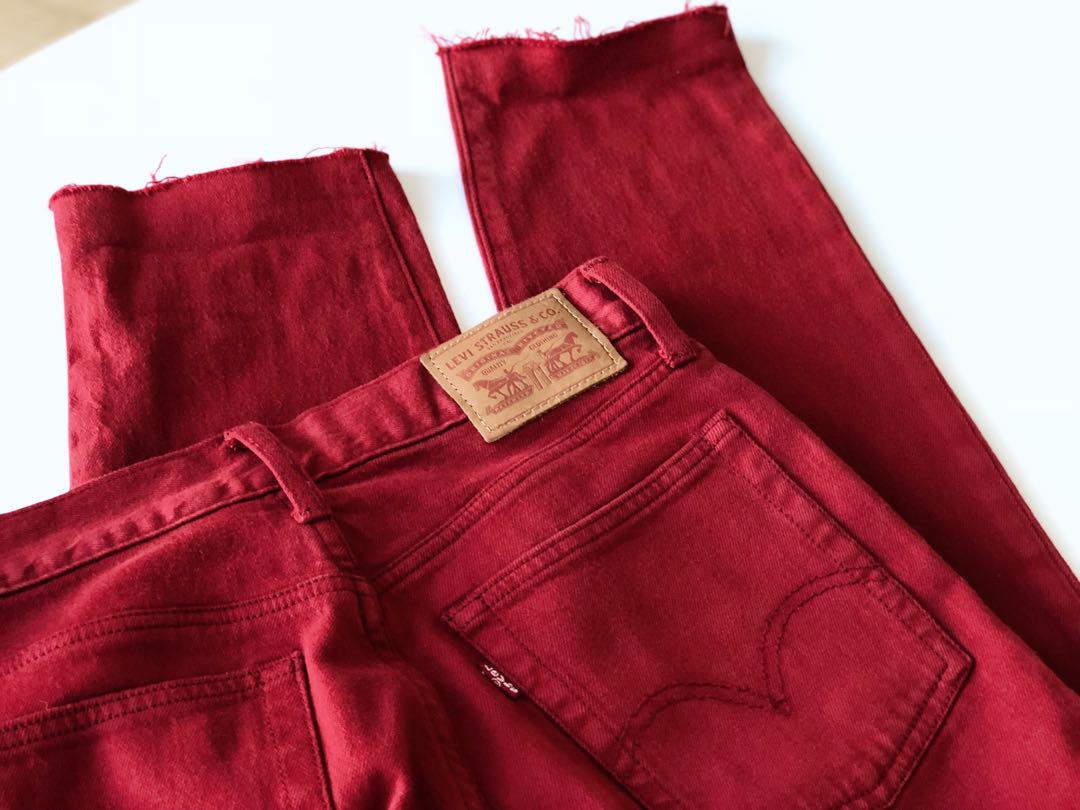 Levi's red wedge fit jeans size 27