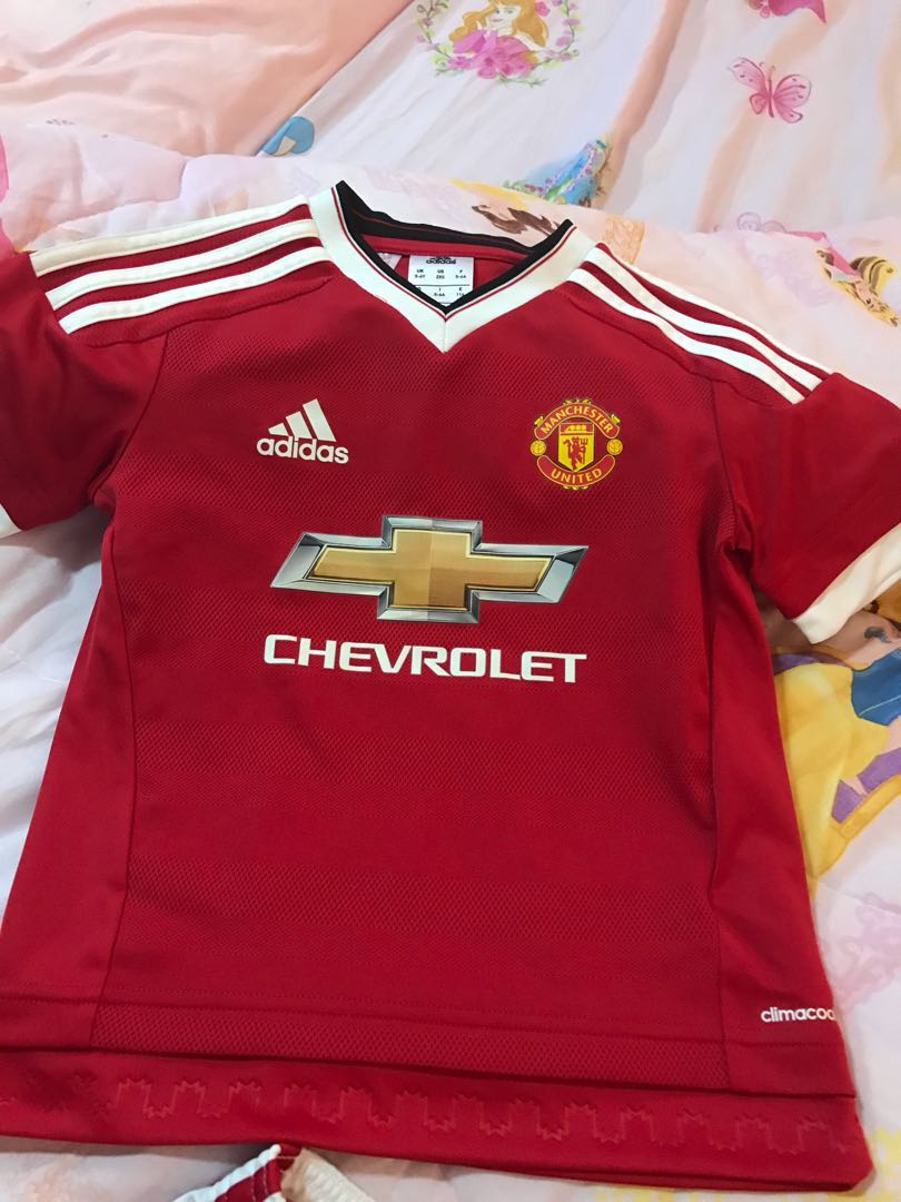 super popular 08d7c b7721 Manchester United Jersey and shorts for boys or girls