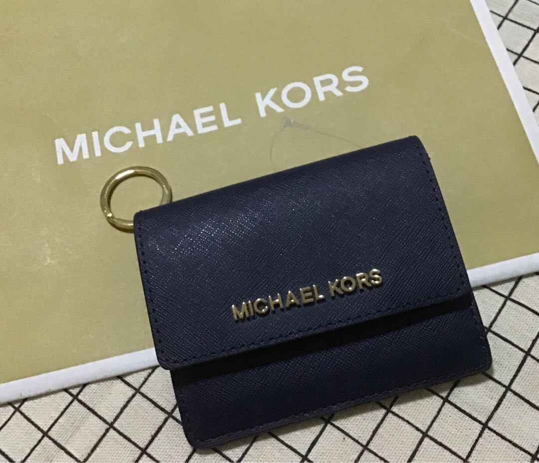 b4db180c2e71 Michael Kors Jet Travel Credit Card Case ID Wallet with Key Ring ...