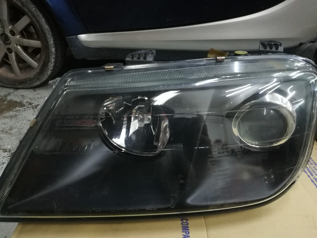 Proton Waja Front Head lamp ( ORIGINAL ) USED