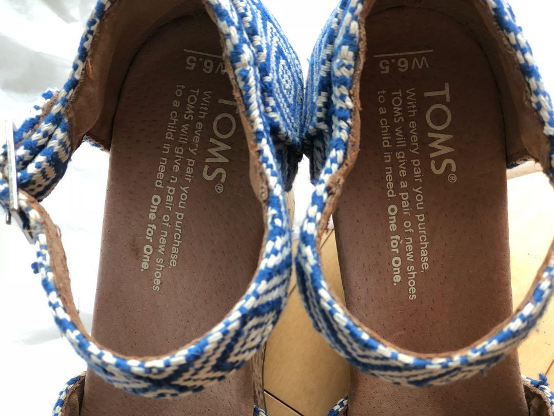 TOMS wedge sandals US 6.5