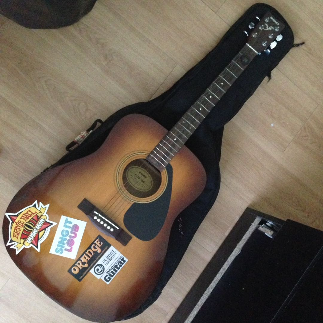 869971c0f03 Yamaha F310 Acoustic (PRE LOVED), Music & Media, Music Instruments ...