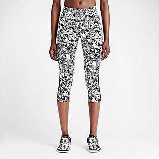 Nike Legendary Dri-Fit Jewel Printed Leggings